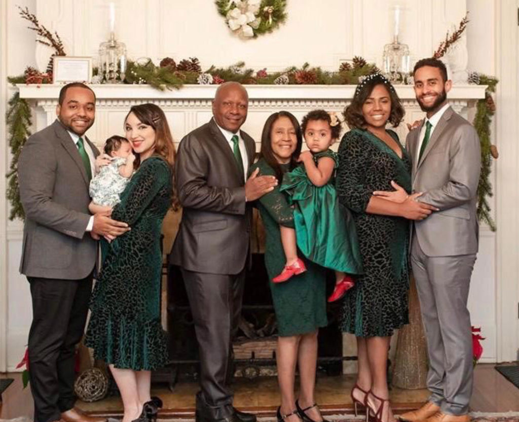 Familia Egresado UNAD